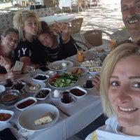 8/12/2018 tarihinde BusE ❤.ziyaretçi tarafından Şahin Tepesi Restaurant Marmaris'de çekilen fotoğraf