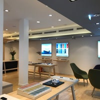 IQOS Store Rotterdam (Now Closed) - Cool - Rotterdam, Zuid-Holland