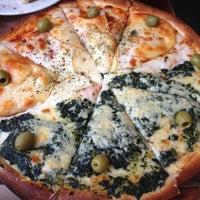 Foto tomada en Central de Pizzas por Zai C. el 5/10/2013