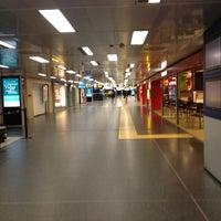 4/27/2013에 Monica T.님이 Aeroporto di Milano Linate (LIN)에서 찍은 사진