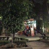 Снимок сделан в Jardin Morelos пользователем Carlos R. 3/20/2016
