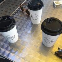 Foto diambil di Sip Coffee & Beer House oleh Burcin B. pada 5/11/2021