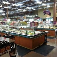 Das Foto wurde bei Whole Foods Market von Stardust F. am 4/15/2013 aufgenommen