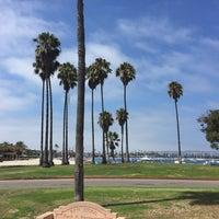 Foto tirada no(a) Mission Beach Park por Sean M. em 8/23/2015