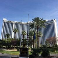 รูปภาพถ่ายที่ Westgate Las Vegas Resort & Casino โดย Sean M. เมื่อ 12/6/2015