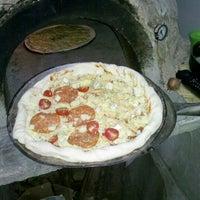 Das Foto wurde bei Pizzaria La Carmelita von Rudá A. am 11/26/2012 aufgenommen