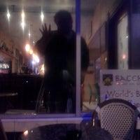 Foto scattata a Bacchus Coffee & Wine Bar da Christian M. il 6/16/2013