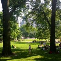 6/21/2013 tarihinde Kira R.ziyaretçi tarafından Central Park'de çekilen fotoğraf