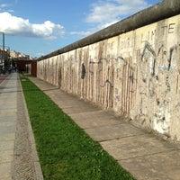 Снимок сделан в Мемориальный комплекс «Берлинская стена» пользователем Yempabo RG 6/10/2013