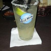Снимок сделан в Tequilas Cantina and Grill пользователем dani 12/2/2012