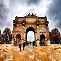 Foto tirada no(a) Arco do Triunfo do Carrossel por Mika K. em 10/14/2012