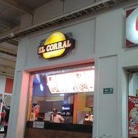Foto tomada en Centro Comercial La Herradura por Jackelín V. el 8/3/2013