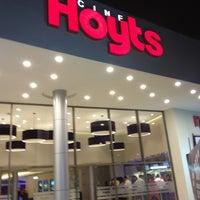 Das Foto wurde bei Cine Hoyts von Seba C. am 11/3/2012 aufgenommen