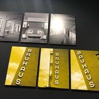 Foto scattata a Galerie Jaroslava Fragnera da Wwera W. il 3/5/2019