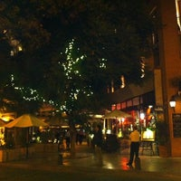 รูปภาพถ่ายที่ Paseo Barrio Lastarria โดย Roberto R. เมื่อ 3/4/2014