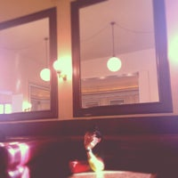 Das Foto wurde bei Café Einstein Stammhaus von Binbin Z. am 2/22/2014 aufgenommen