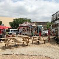 Das Foto wurde bei The Original New Orleans Po Boy and Gumbo Shop von Jeff S. am 5/16/2013 aufgenommen