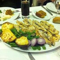 Photo prise au Foça Fish Gourmet par Bora B. le9/26/2013