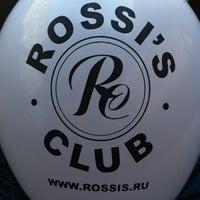 Foto tirada no(a) Rossi's Club por Edgar K. em 7/11/2013