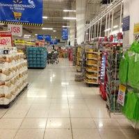 Foto tomada en Walmart por José L. el 6/21/2013