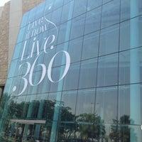 Foto tomada en 360° Mall por Amine S. el 5/9/2013