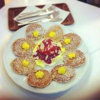 Foto diambil di Pancake Café oleh Korbua P. pada 11/20/2012