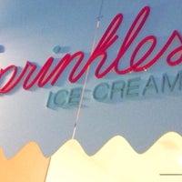 Das Foto wurde bei Sprinkles Ice Cream von norakitten💋 am 1/10/2016 aufgenommen