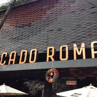 Foto diambil di Mercado Roma oleh Ale M. pada 12/20/2015