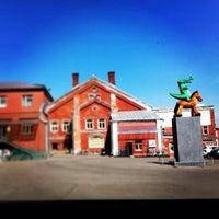 5/14/2013 tarihinde Polina B.ziyaretçi tarafından Winzavod'de çekilen fotoğraf