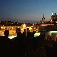 รูปภาพถ่ายที่ Piscina B-Hotel โดย Francesc M. เมื่อ 9/24/2013