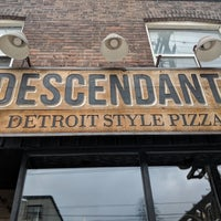 Foto tirada no(a) Descendant Detroit Style Pizza por Casey P. em 1/3/2018