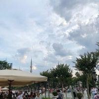 6/15/2018 tarihinde Noura .ziyaretçi tarafından Mihri Restaurant & Cafe'de çekilen fotoğraf