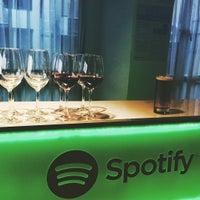 Снимок сделан в Spotify Asia HQ пользователем bellestar 7/23/2015