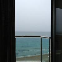 Foto diambil di Hotel Allon oleh Yefsé Yudit M. pada 9/7/2013