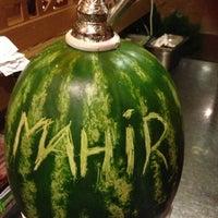 Das Foto wurde bei Chiffre Nargile Cafe von mahirckl am 7/12/2013 aufgenommen