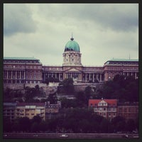 Das Foto wurde bei Burgpalast von andrrop am 5/14/2013 aufgenommen