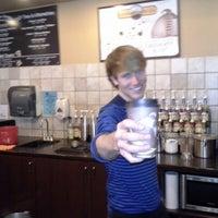Das Foto wurde bei Loveland Coffee Company von Monty K. am 1/11/2013 aufgenommen