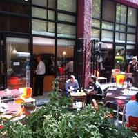 Das Foto wurde bei La Esquina Café von Ramon F. am 1/22/2013 aufgenommen