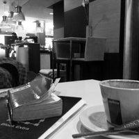 2/18/2014にFer A.がScandalous Loungeで撮った写真