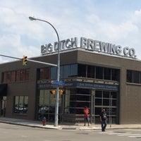 7/7/2015 tarihinde Jeff S.ziyaretçi tarafından Big Ditch Brewing Company'de çekilen fotoğraf