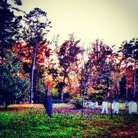 Foto tirada no(a) Liberty Universalist Church por Brandi C. em 11/11/2012