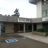 รูปภาพถ่ายที่ Sushi Ota โดย STkio เมื่อ 6/5/2013