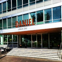 10/4/2012 tarihinde Riccardo G.ziyaretçi tarafından Hotel Daniel'de çekilen fotoğraf