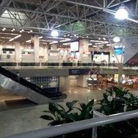 Foto tomada en Aeropuerto Internacional de Brasilia Presidente Juscelino Kubitschek (BSB) por Guaracy Jr. S. el 6/23/2013