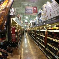 Das Foto wurde bei Total Wine & More von Wade F. am 6/8/2013 aufgenommen