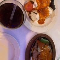 Foto diambil di Istanbul Blue Restaurant oleh Reem 👷🏼♀️📐 pada 4/20/2019