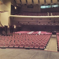 Foto tirada no(a) Yavapai College Performance Hall por Kelsey S. em 3/2/2015