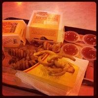 Foto diambil di McDonald's / McCafé oleh Edward L. pada 3/6/2013