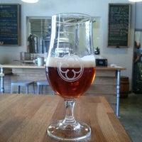 รูปภาพถ่ายที่ Monkish Brewing Co. โดย Alyssa M. เมื่อ 6/9/2013