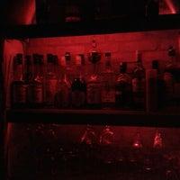 Снимок сделан в Körfez Bar пользователем Ünsal K. 8/16/2014